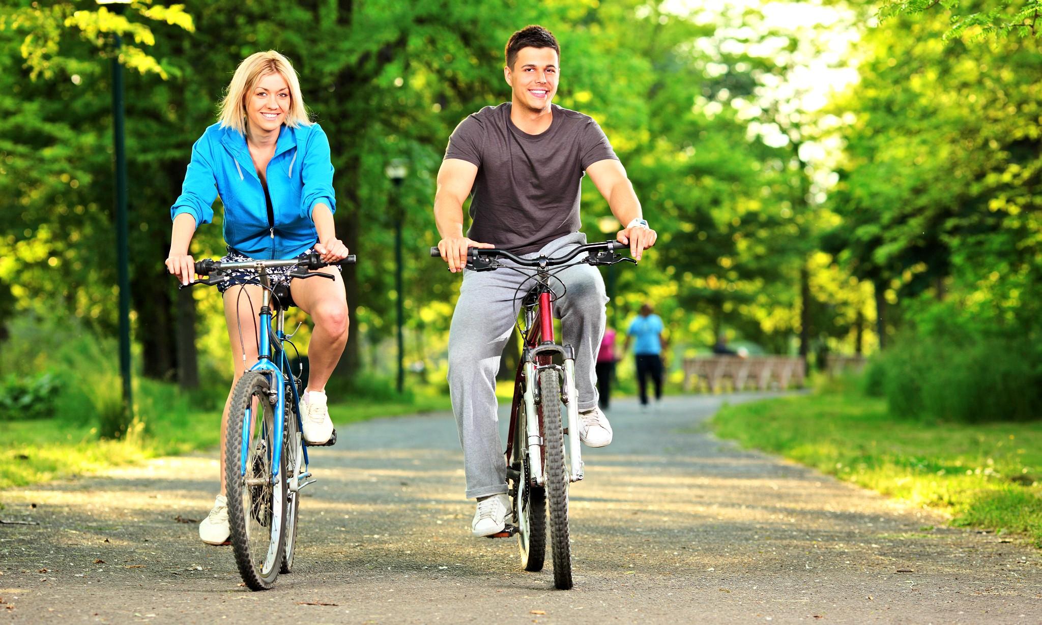 картинка как катаются на велосипеде основной слой для